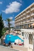deluxe profitable hotel13 shops - 3