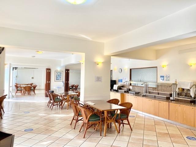 deluxe profitable hotel13 shops - 5