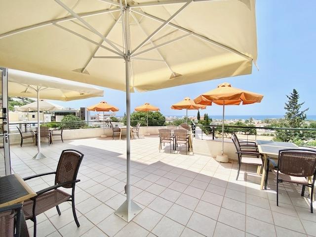 deluxe profitable hotel13 shops - 15