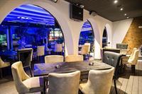 restaurant sports bar nicosia - 1