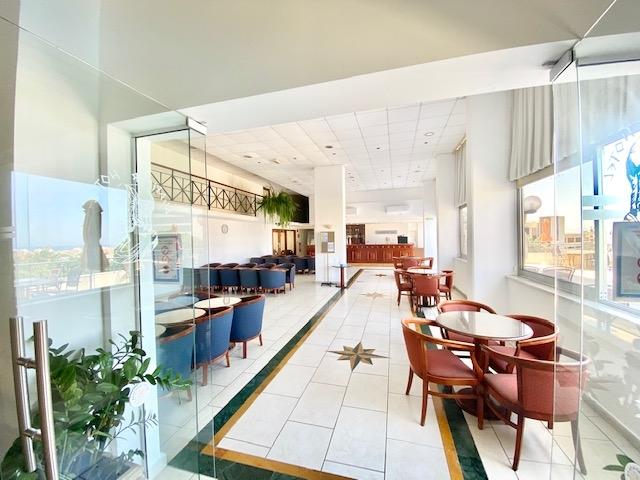 deluxe profitable hotel13 shops - 7